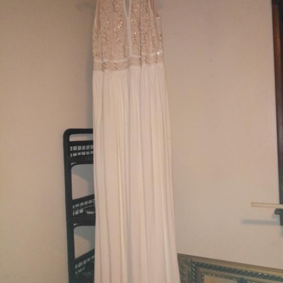 David's Bridal Dresses & Skirts - David's BRIDAL wedding gown size 18w